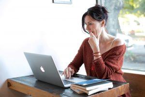 Contoh Surat Pengunduran Diri Dengan Alasan Mengikuti Suami