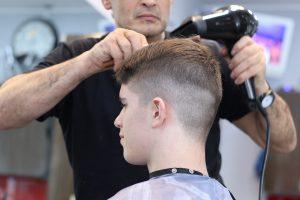 Dialog Di Barbershop Tukang Cukur Sederet Com